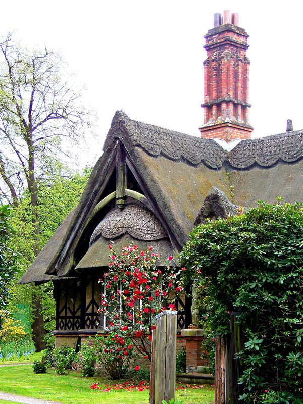 10 Fairy Tale Like Cottages You Have To See ...